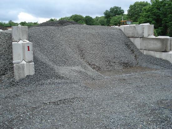 Connecticut crushed stone landscape supplier birch moutain for Landscaping rock estimator