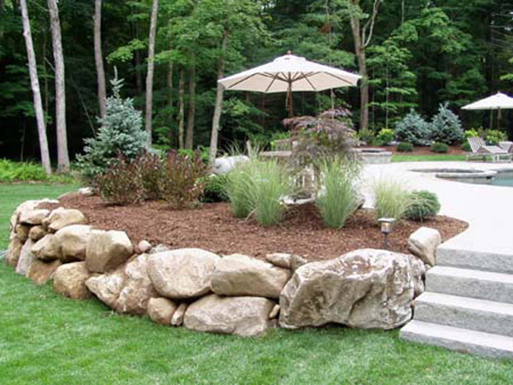 Natural stone walls by connecticut landscape professionals for Natural rock landscaping